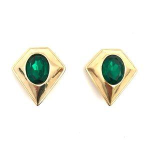 Jewelry - Vintage Green Stone Diamond Shape Clip On Earrings